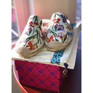 NWOT Tory Burch Max Floral Embroidered Espadrilles
